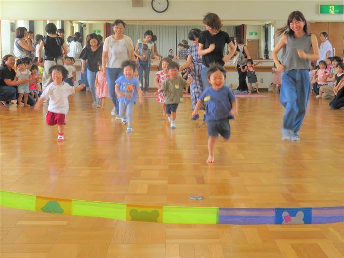 9月10日(火) 親子でかけっこ遊び(ほし組)の写真