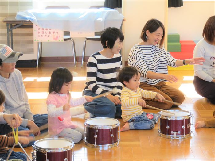 11月5日(火) にこにこ音楽隊がやってきた♪(そら組)の写真